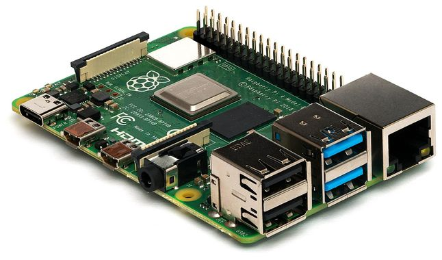 1200px Raspberry Pi 4 Model B Side